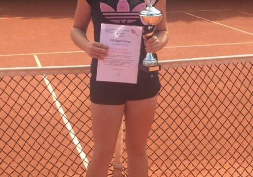 Michelle Ertl gewinnt das 18. Heufelder Jugend- und…